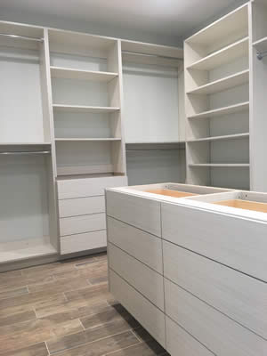 Designer Closet - Sunset Custom Cabinetry and Woodwork - Fort Myers Florida - 300 x 400