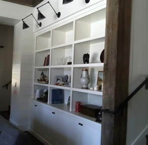 Built In Bookshelves - Fort Myers Florida - Sunset Custom Cabinetry and Woodwork - 300 x 294